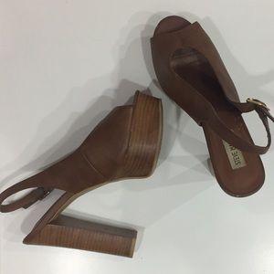Steve Madden Jonnah Slingback Platformed Sandals
